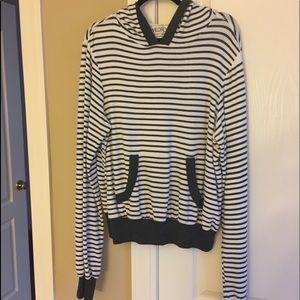 Wild fox brand hoodie sweatshirt size Medium